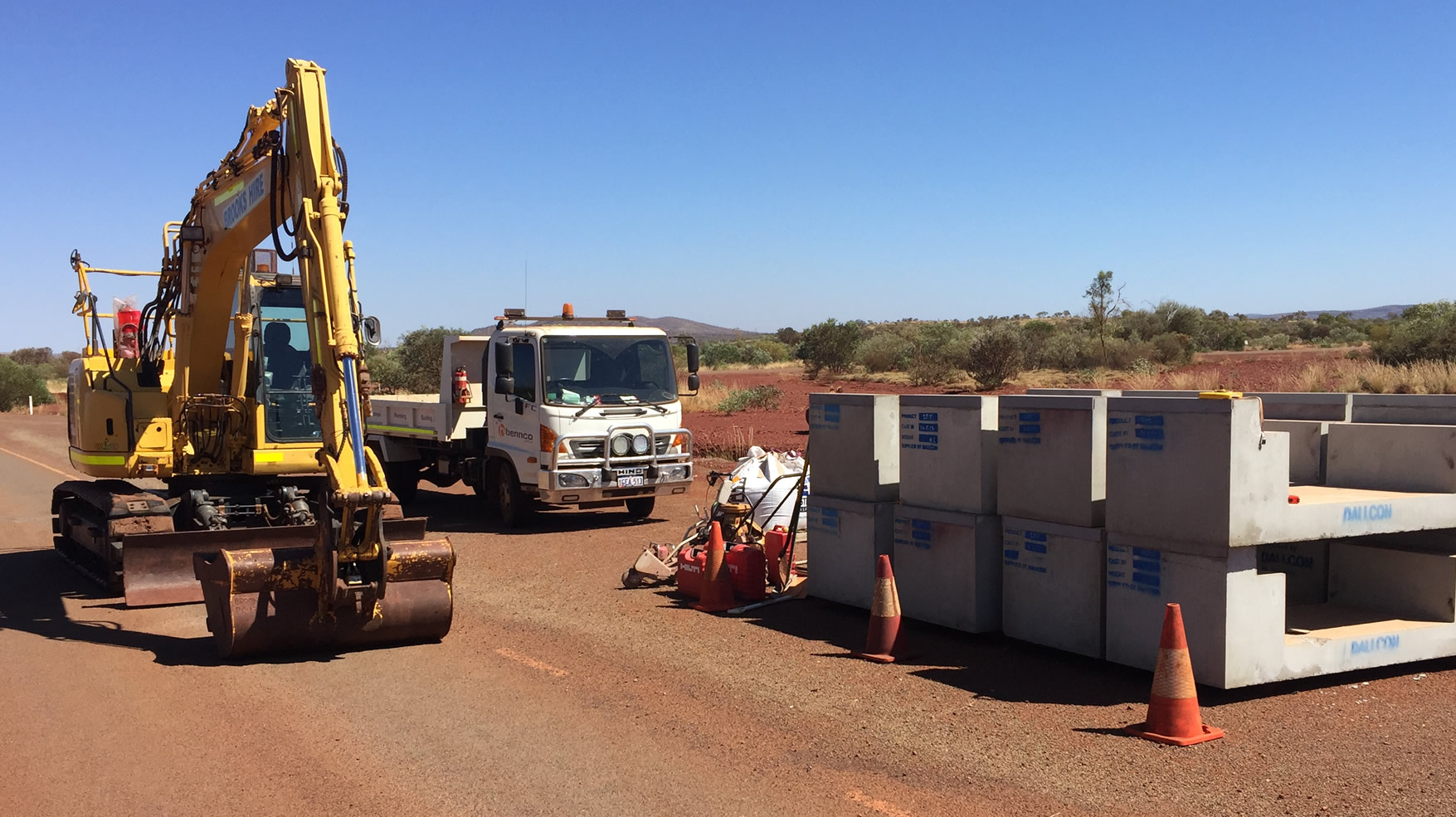 SERVICING THE MINING, RESOURCES & COMMERCIAL BUILDING INDISTRIES